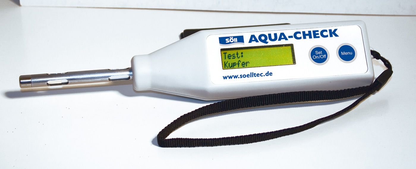 Messgerät AQUA-CHECK - digitales Photometer für Teiche