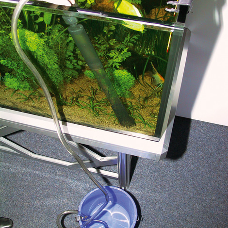 Bodenreiniger für Aquarien mit 45-70 cm Höhe